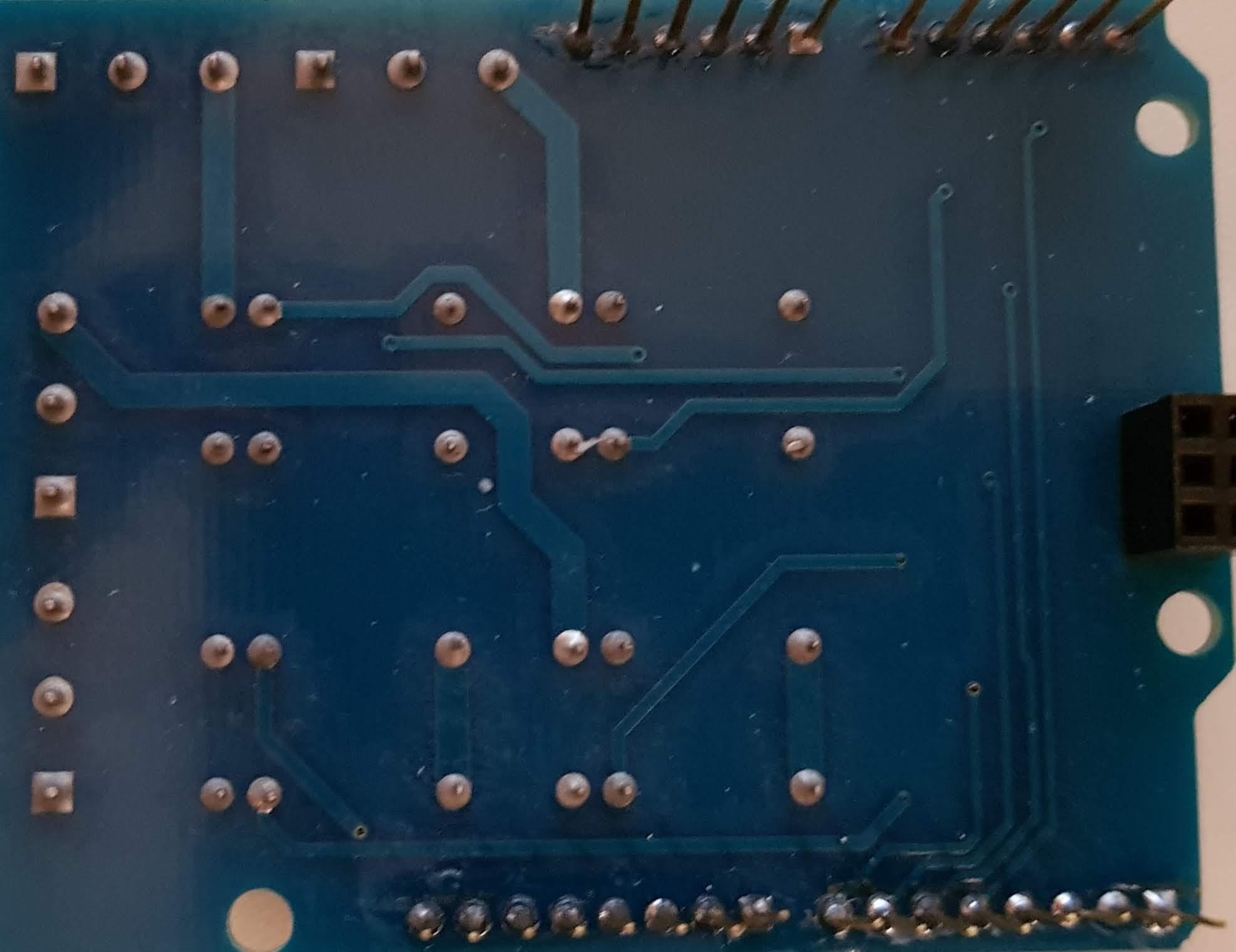 Arduino 4 Relay Zusatzplatine von Unten