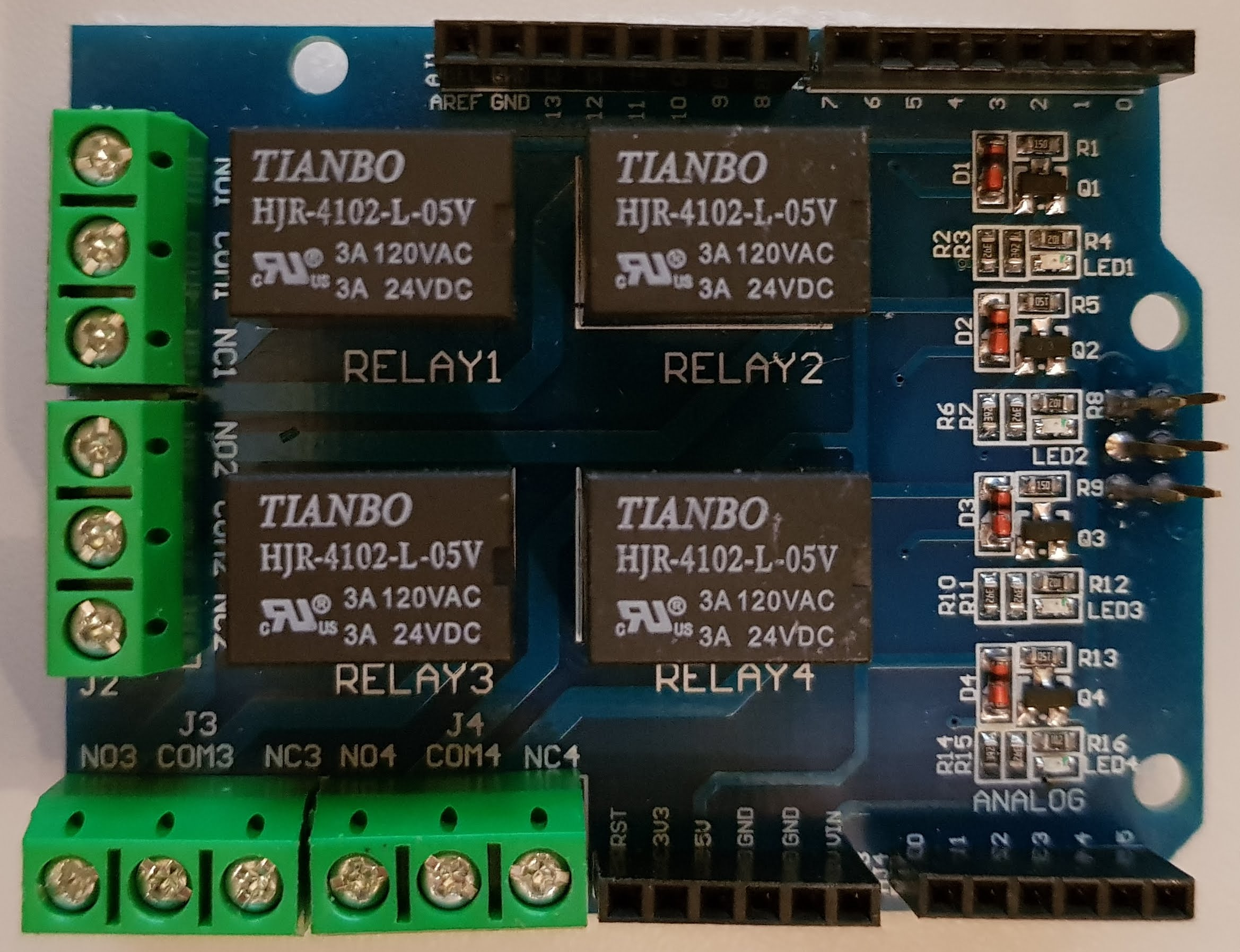 Arduino 4 Relay Zusatzplatine von Oben